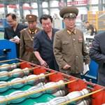 A világot atomháborúval fenyegető, nyomorgó Észak-Korea trükközve próbál túlélni