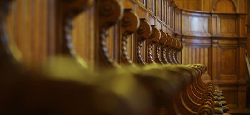 A Velencei Bizottság szerint is több probléma van a közigazgatási bíróságokkal