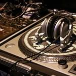 Az X-factor után Simon Cowell DJ-tehetségkutatót szervez