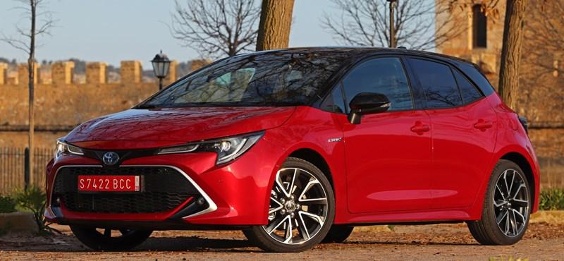 Duplán hibrid és szimplán dízel nélküli: kipróbáltuk az új Toyota Corollákat
