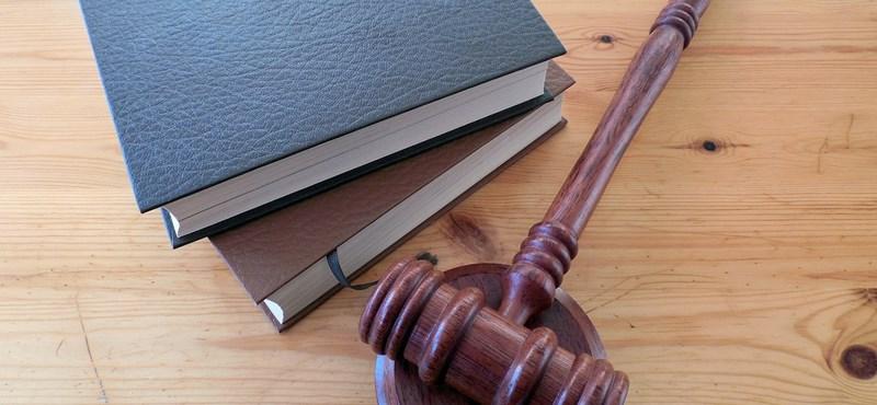 Új tagokat javasol az ombudsman az intézményi tanácsokba