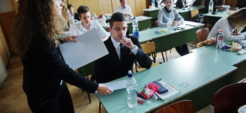 Gráfok, függvények, halmazok: ilyen feladatokat kaptak a diákok a középszintű matekérettségin