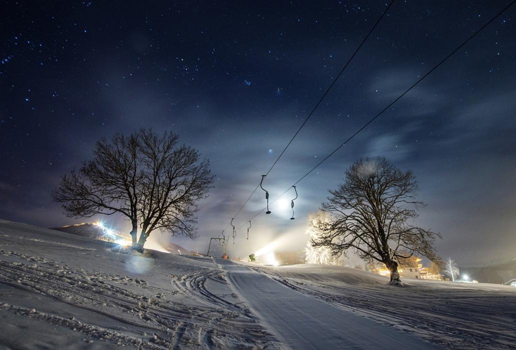 afp.15.01.26. - Schladming, Ausztria: sífelvonók és hóágyúk a FIS Alpesi sí világkupa férfi szlalom előestéjén - 7képei