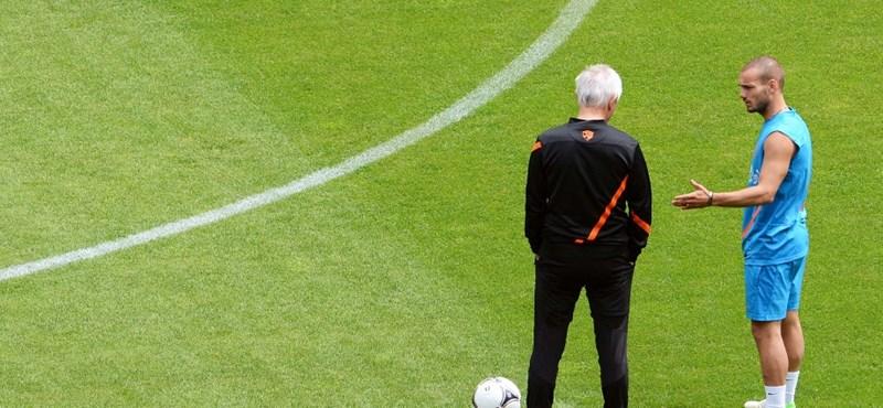Sneijder megdöbbent a holland kapitány távozásán