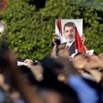 """Aszad: """"ami Egyiptomban történik, az a politikai iszlám végét jelzi"""""""