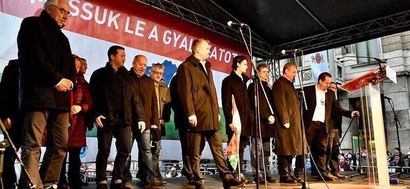 Az ellenzéki együttműködésről ötleteltek a pártok a Blahán