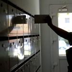 Több juttatást adna, de bérfejlesztésre még mindig nem nyitott a Magyar Posta