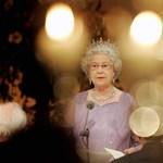 Koronaviselési gyorstalpaló II. Erzsébettel – videó