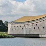 Átkelne az óceánon Noé bárkája