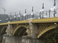 Kisbusz és autó karambolozott a Margit hídnál