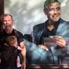 Josh Brolin az Andrássyról üzente meg, hogy George Clooney mindenhol ott van