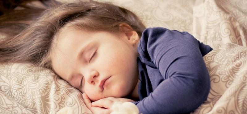 Kitalálta a Google, hogyan lehetnek nyugodtak a kisbabás szülők