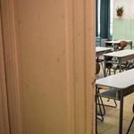 Még a tanárok Facebook-csoporttagságára is rákérdez a kormány