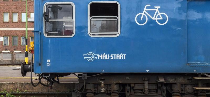 Mától sűrűbben járnak a vonatok a Balatonra