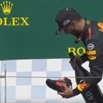 Újabb áldozata van Daniel Ricciardo bizarr szokásának – videó