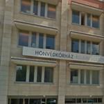 Káosz jöhet: felállt 112 orvos a Honvédkórházban, nem túlóráznak többet ingyen