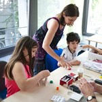 Kreatívan, boldogan élni – tehetséges gyerekek iskolájában jártunk