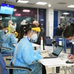 Ingyen PCR-tesztelést tartottak a debreceni reptéren