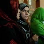 Házasságtörés miatt végeztek ki egy afgán nőt és lányát