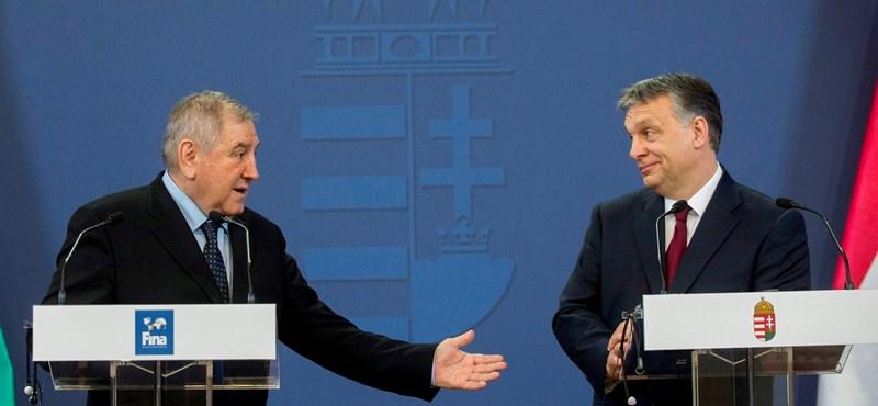 Tagadta, hogy Budapestre jönne, mégis Orbánnál járt a Várban a FINA ügyvezetője