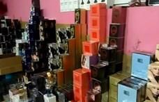 A vásárlók több mint 60 százaléka tudja, hogy hamisítványt vesz