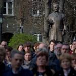 Száztizenhét professzor állt ki a Semmelweis rektora mellett