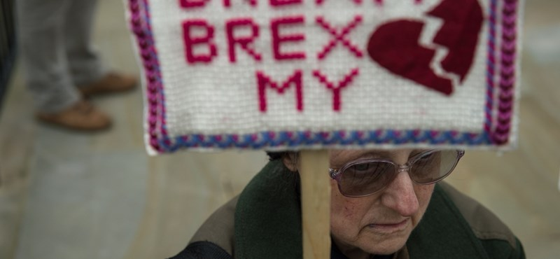 A brit kormány is ultimátumot kapott Brüsszeltől