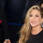 Jennifer Aniston elsírta magát a Jóbarátok találkozóján