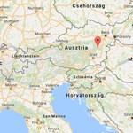 Kiesett a síliftből egy magyar nő Ausztriában, egy autóra zuhant