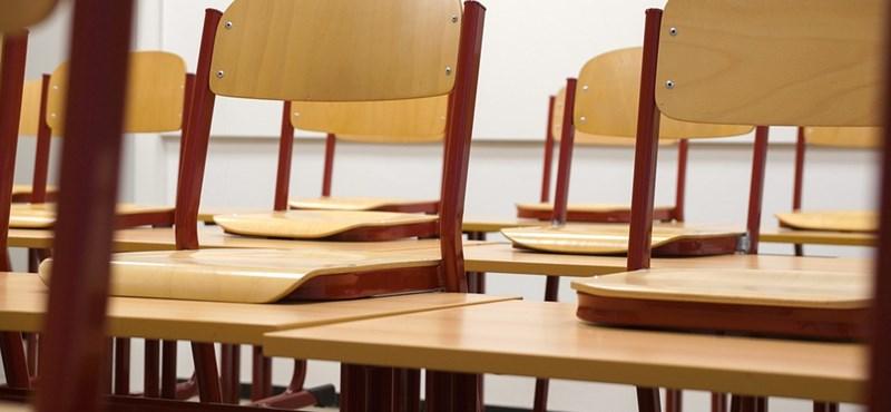 Döbbenetes mennyiségű tananyag szakad a diákok nyakába? Új ötlettel rukkolt elő egy szervezet