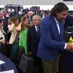 Deutsch Tamás: A laposföldhívők legnagyobb reménye a Trócsányit elutasító EP-bizottság