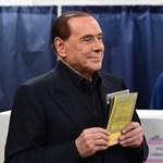 Nincs itt semmi látnivaló: Berlusconi nem zárná ki a Fideszt a Néppártból