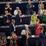 Megy az adok-kapok Sargentini Facebook-oldalán, magyarul üzengetnek a hozzászólók