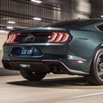Vissza az időben: Fehér billiárdgolyót markolva válthatunk az új Ford Mustangban