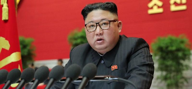Kim Dzsong Un a legnagyobb ellenségnek nevezte az Egyesült Államokat