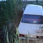 Nem adta ki a földúton a Lada, súlyos baleset lett a vége