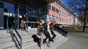 A PSZ szerint az iskolarendőrök megfélemlítenek, nem megelőznek