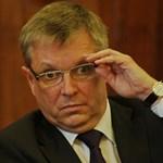 Matolcsy György felszólal a parlamentben