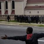 Így tiltakoznak a sztárok a baltimore-i zavargások ellen