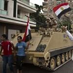 Volt olyan lap, ami nem számolt be Murszi megbuktatásáról