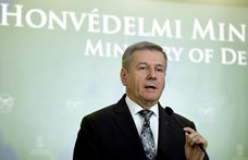 A honvédelmi miniszter leváltotta széles hatáskörű biztosát