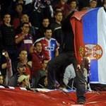 Szerb zászlót égettek a horvát szurkolók, de a nagyobb balhé elmaradt