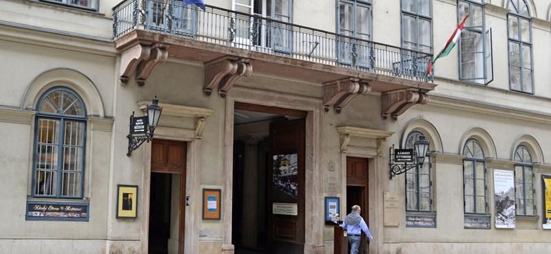 A Szépírók Társasága levélben aggódik Prőhle Gergely menesztése miatt