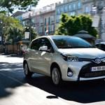Ez most a leghangulatosabb Toyota – megjött hozzánk is az új Yaris