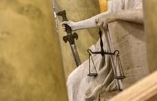 A bírók fizetése emelkedett, az igazságügyi alkalmazottak többségére azonban nem gondoltak