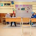 Szakvizsga nélkül is kezdhetnek szeptemberben az iskolaőrök?