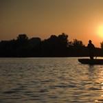 Egyre több szemét úszik a Tiszán, de nagyrészt Ukrajnán múlik, hogy ez így marad-e - videó