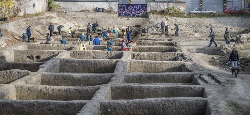 Lezsák Sándor játszótere lehet az új régészeti intézet