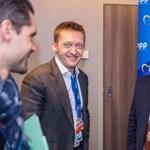 Elképesztő összeget kerestek Fidesz-közeli cégek a letelepedési kötvénnyel