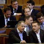 Orbán: Aki rám vagy családomra hivatkozik, azt zavarják el